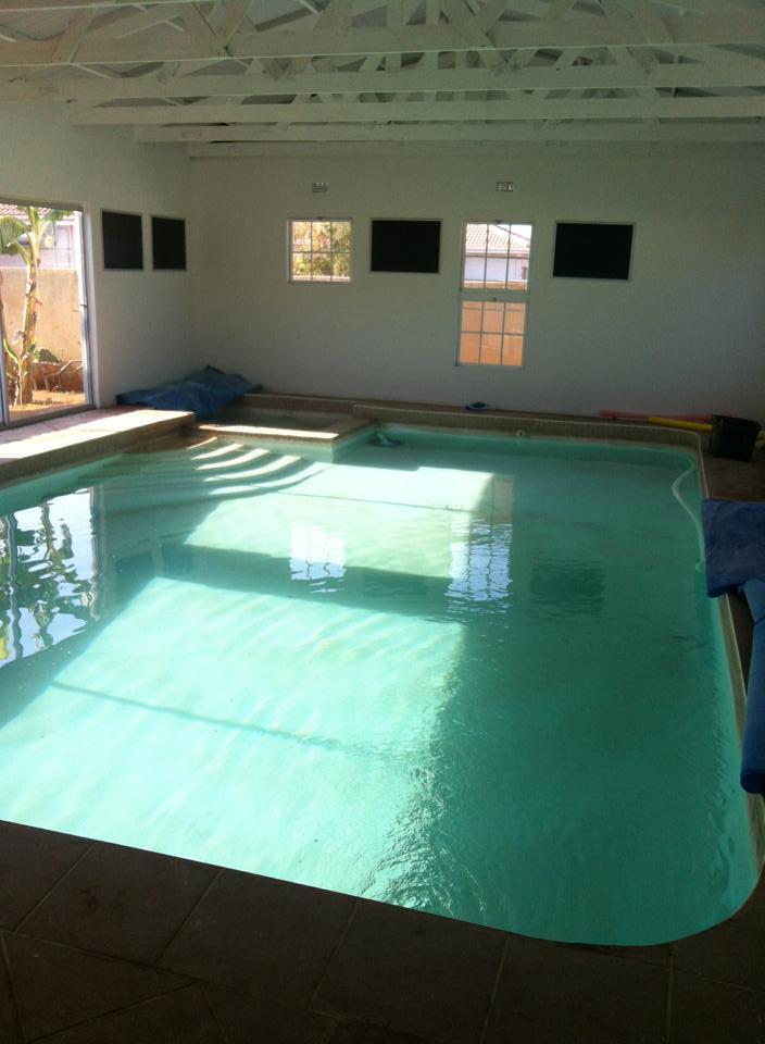 Mai's Aquatic Centre