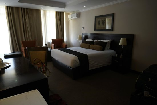 Cresta Thapama Hotel